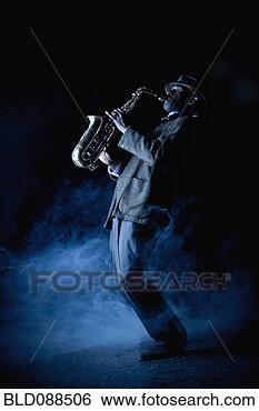 Banco de Imagem - pretas, músico,  tocando, saxofone,  fase. fotosearch  - busca de fotos,  imagens e clipart